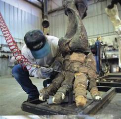 恐龍製作工廠