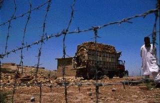 難民營猶如監獄