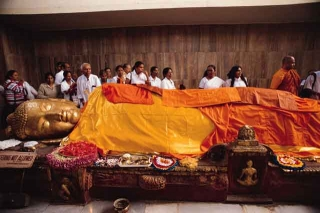 佛陀入滅像