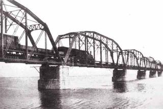 鐵道花樑橋