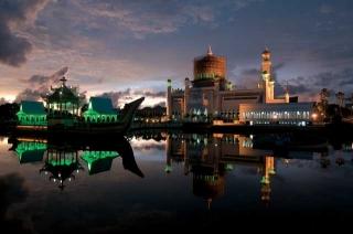 舊皇宮與奧瑪阿里清真寺