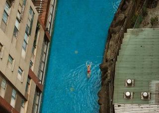 社區游泳池