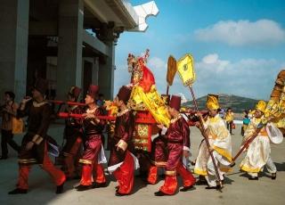 湄洲媽祖神像