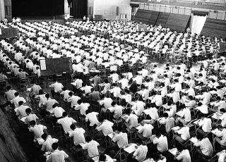 教育的集體性