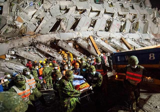 維冠大樓倒塌