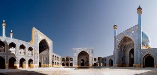 伊瑪目清真寺具有濃厚的波斯色彩