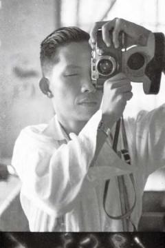 林權助 LIN Chuan-Tsu 1922-1977 (1952年,三十歲攝於林照相館內)
