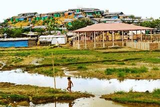 庫圖帕隆難民營