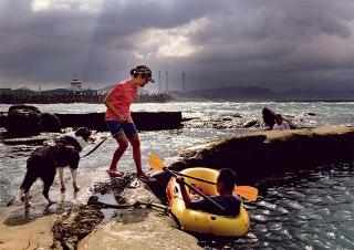 專為小狗設置的天然泳池