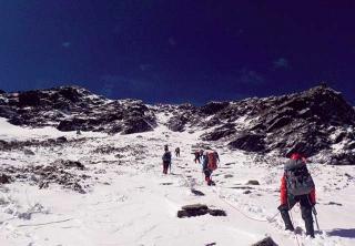 南湖大山雪溝