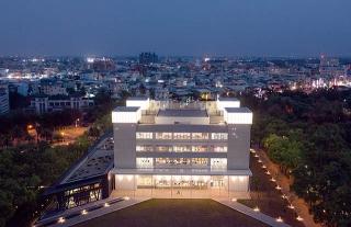屏東縣立圖書館總館
